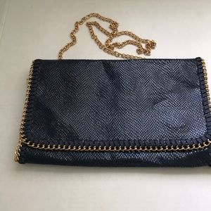 ⭐️NEW LIST⭐️ URBAN EXPRESSIONS NAVY JOY CLUTCH